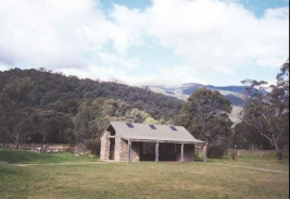 AG22	The Geehi camping area, Mount Kosciusko.